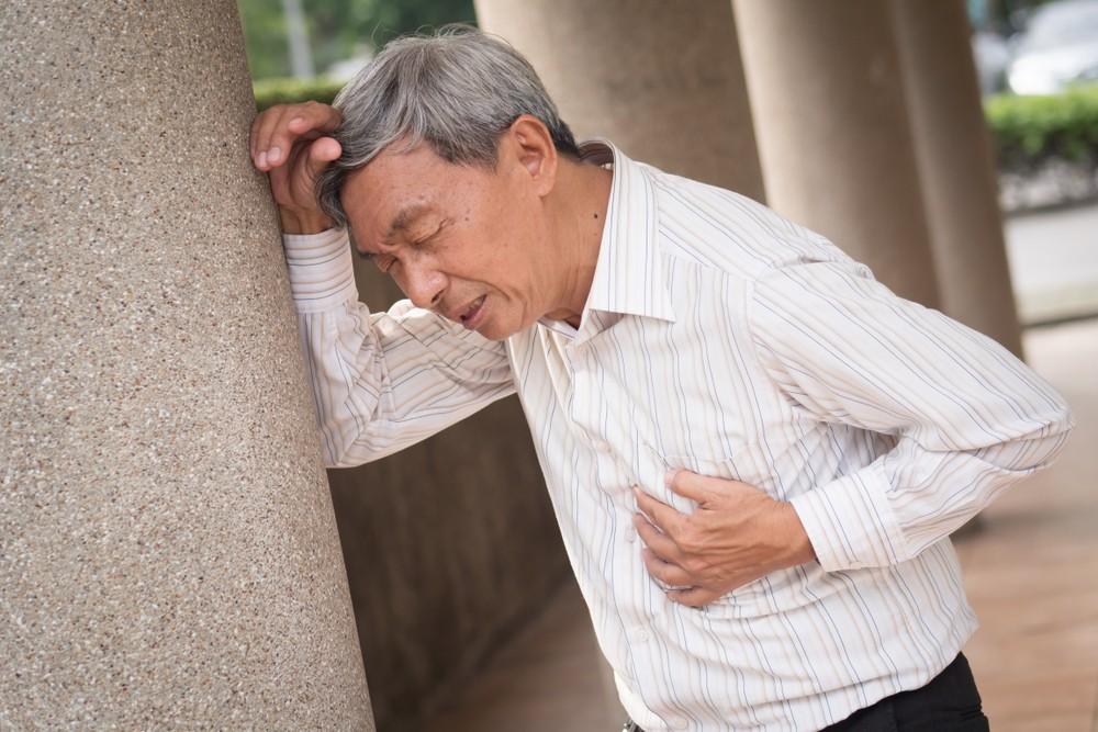 戒煙一年後,咳嗽、呼吸短促的情況大大改善。患上冠心病的機率比吸煙者低一半。