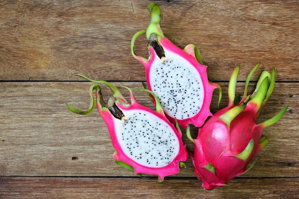 火龍果屬於低卡路里的水果,一杯火龍果只有136卡路里。