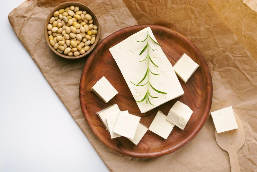 大豆製品在植物性飲食中,含有最多蛋白質。而蛋白質含質會因不同烹煮方式,而有所差異。