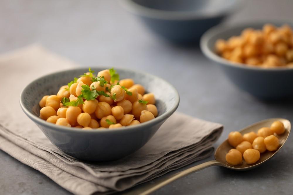 煮熟的鷹嘴豆含有高蛋白質,每半杯就含大約7.25克的蛋白質。你可熱食或凍食鷹嘴豆,適合不同煮法。