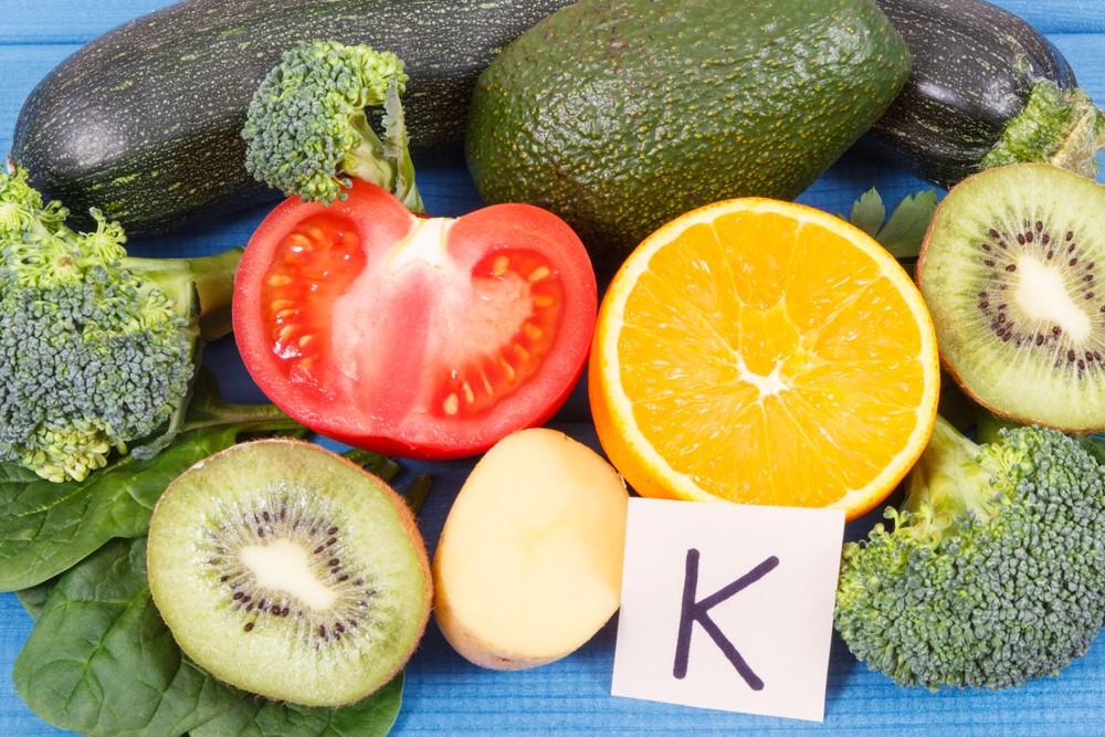 維生素K能幫助傷口癒合。