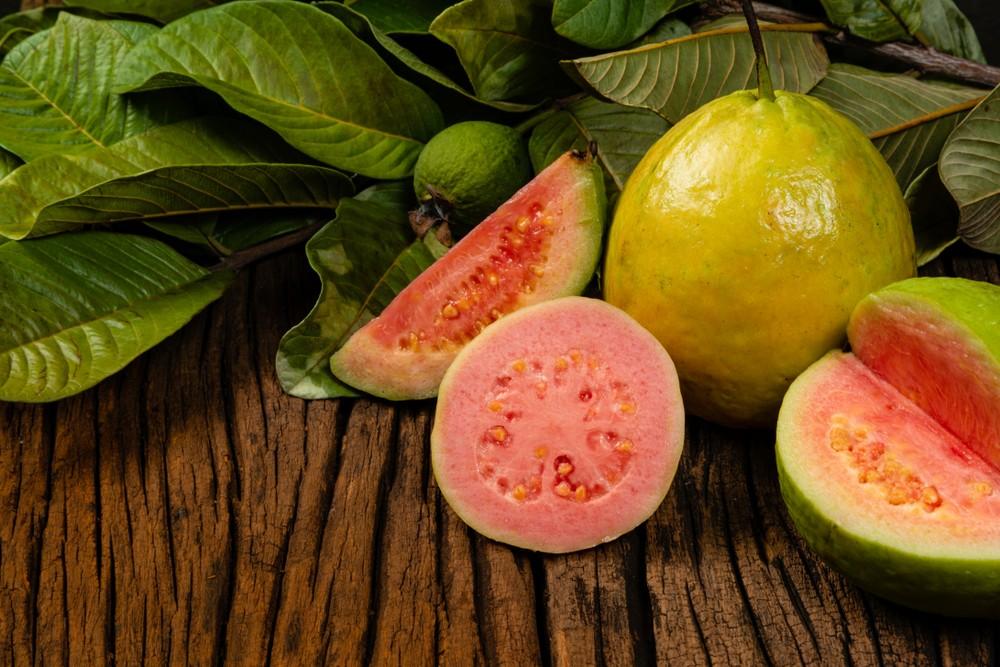 番石榴是含最維他命C的水果。