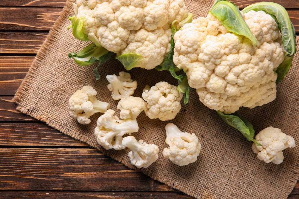 椰菜花為低碳飲食的熱門食物,加上椰菜花低卡及低碳,同時還含有大量的纖維、維他命和礦物質。