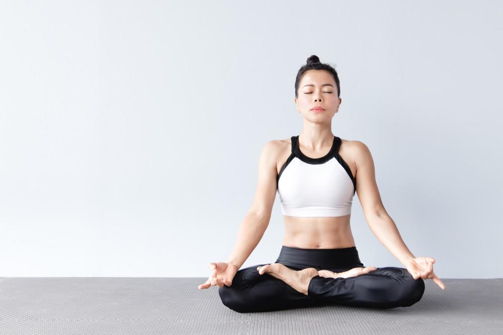 蓮花坐式是瑜伽中一個的冥想坐姿,十分適合做呼吸和調息練習。