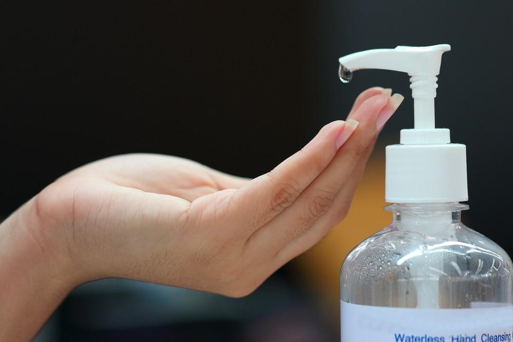 applying alcohol gel
