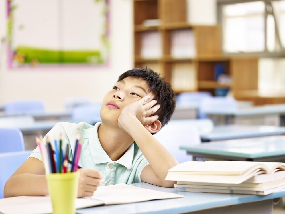 近年愈來愈多人提及專注力不足/過度活躍症(ADHD),小朋友難以專心或「冇時停、坐唔定」都可能是病徵。