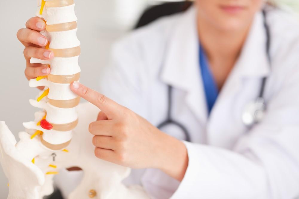 釋迦富含鈣質,有助於骨質疏鬆症患者。