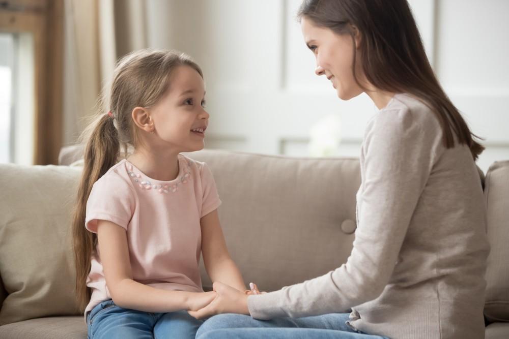 隨著幼兒慢慢長大,的確幼兒繼續說BB話會不大恰當。