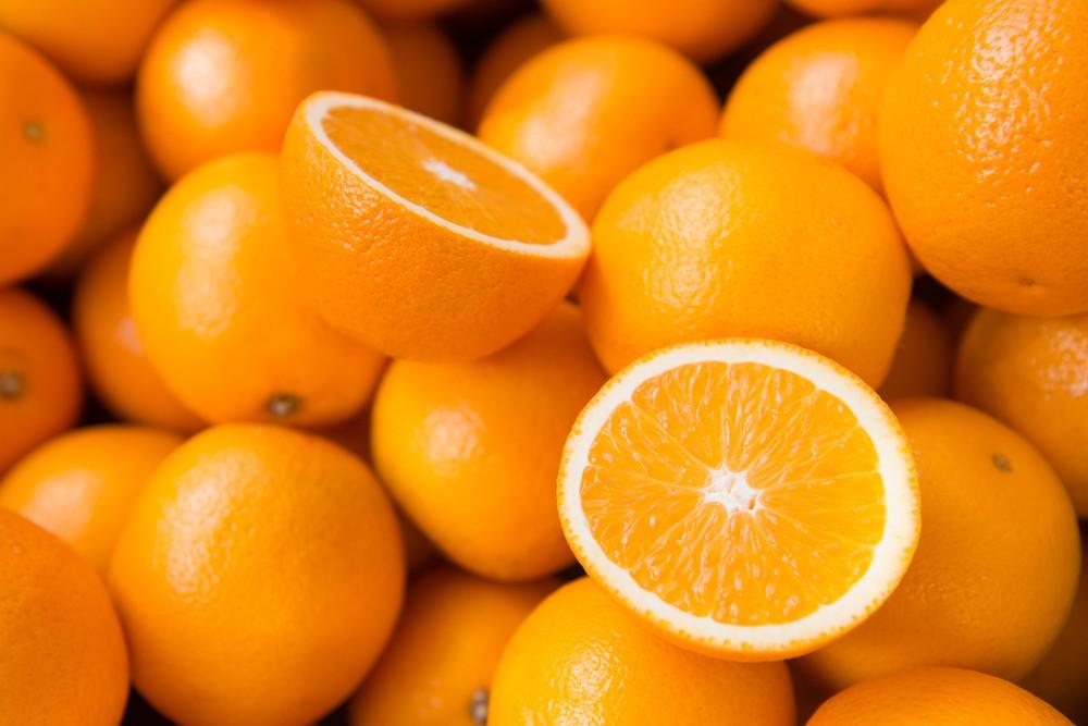 柑橘類所提供的維生素C,多吃可以提高免疫力。