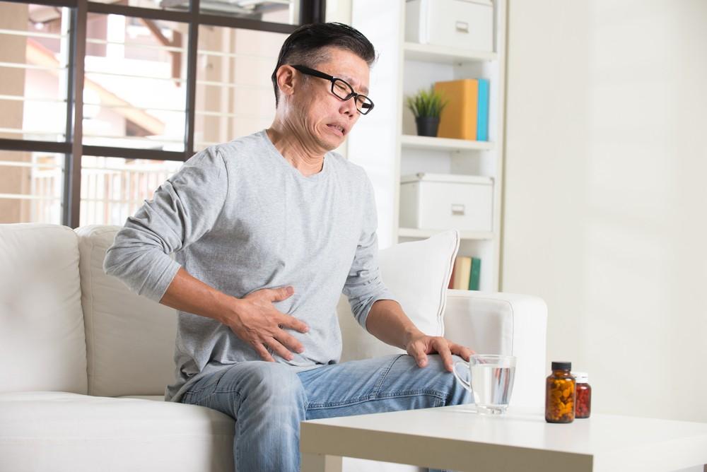 如果過多食用以糯米為主的年糕,則加重脾胃的負荷,捐害運化功能,導致消化功能更弱,出現飽滯感、胃脹、胃氣等症狀,更有傷人體正氣之弊。