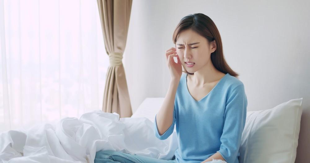 若出現因戴口罩而令皮膚紅紅、痕癢、甚至敏感,可嘗試改用使用低過敏性的口罩。