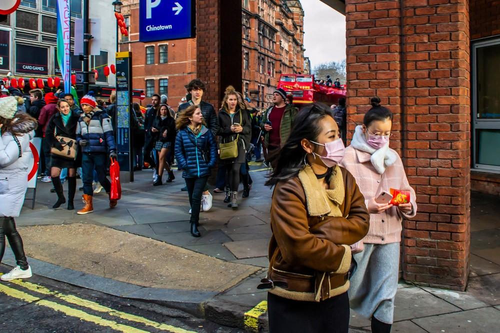 英國首相約翰遜(Boris Johnson)宣布所有學校停課,強調政府會因應疫情採取進一步措施,更不排除封鎖倫敦。