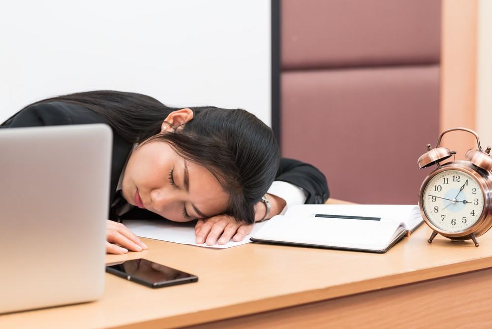 頸椎錯位是由於頸椎小關節錯位所致,通常跟睡姿不正確有關。