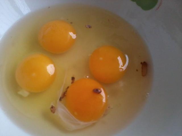 這種屬於異形雞蛋,盡管無毒害作用,但不提倡食用。