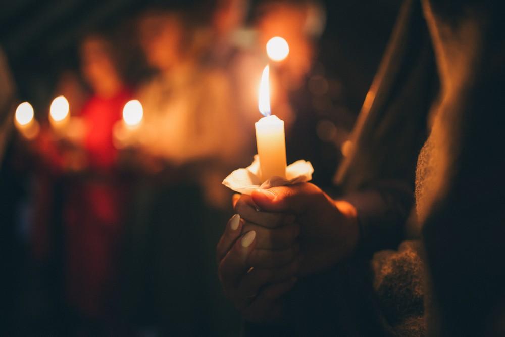 於上星期三晚上,醫學中心為Celia Marcos舉辦了燭光紀念守夜活動,有將近200醫護人員參與了這場悼念會。