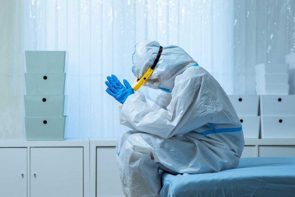日本45%的醫生在高壓和高危的環境下工作,依舊領著一般薪水。