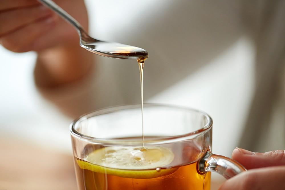 純正天然的蜂蜜,聞起來帶有花香味,口感綿軟細緻,味道跟一般的白糖味不一樣。
