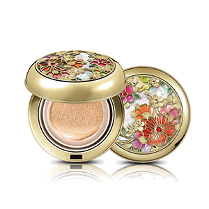 GongJinHyang: MI Luxury Golden Cushion SPF50+/PA+++
