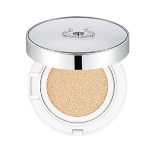 CC Ultra Moist Cushion SPF50+ PA+++