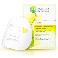 Light 3 in 1 Whitening Essence Mask
