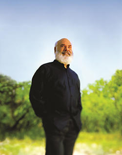 Dr Andrew Weil for Origins Mega Mushroom products Skin Relief Collection portrait2