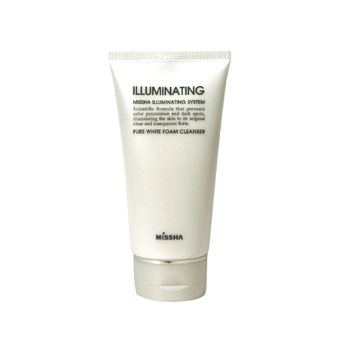 Illuminating Pure White Foam Cleanser