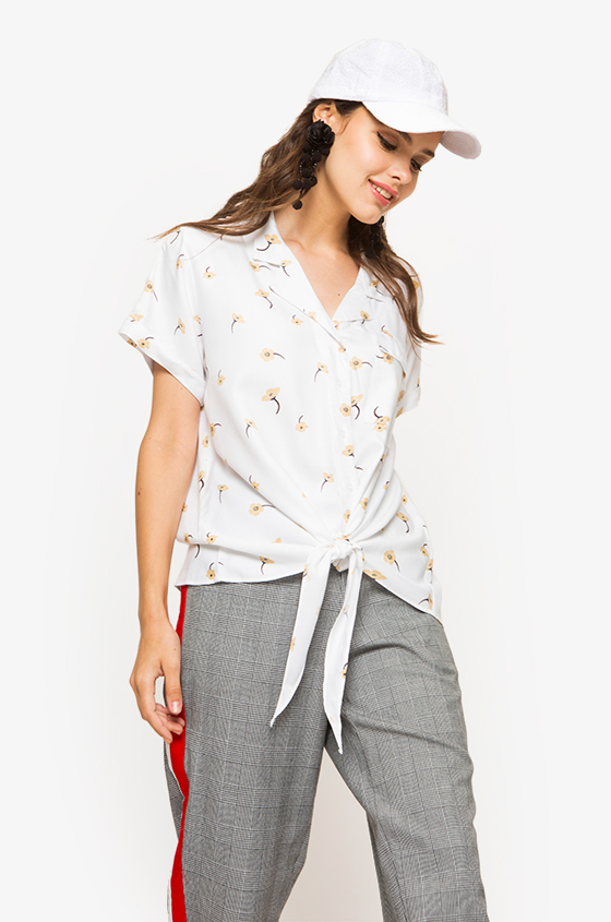 57c0880628 Woven Blouse Off-White Printed Selina
