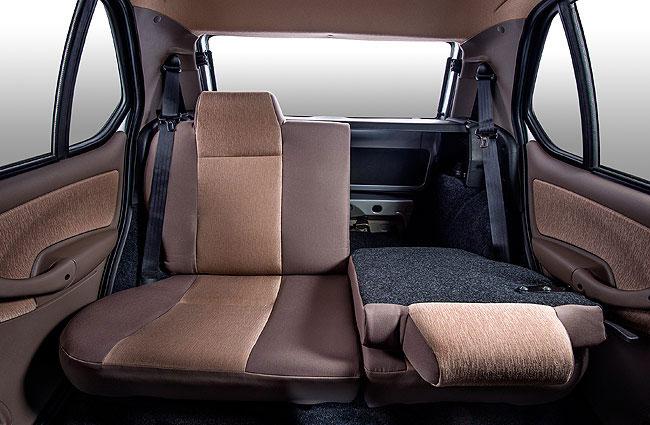 Tata Indica e-Xeta Rear Seats