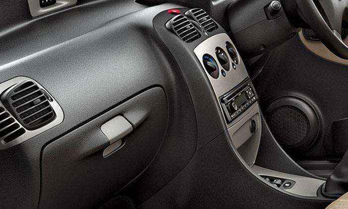 Tata Indica CR4 Ebony Black Dashboard