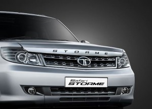 Tata Safari Storme - Front View