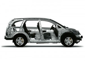 Four muscular alloy wheels, with the wide chrome lined grille adding stature to its on-road presence