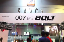 007 with Bolt