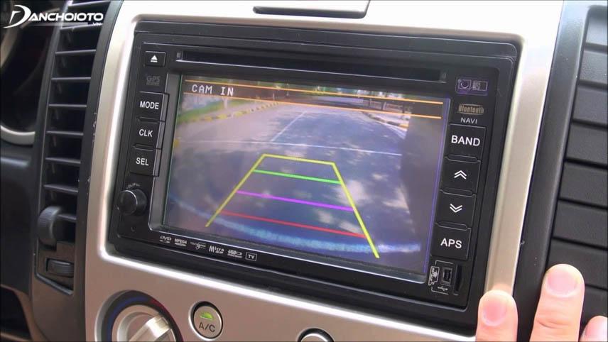 Camera lùi giúp quan sát toàn bộ vùng phía sau xe