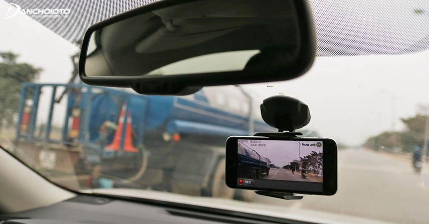 Hình ảnh từ camera hành trình có thể dùng làm bằng chứng khi xảy ra tranh cãi