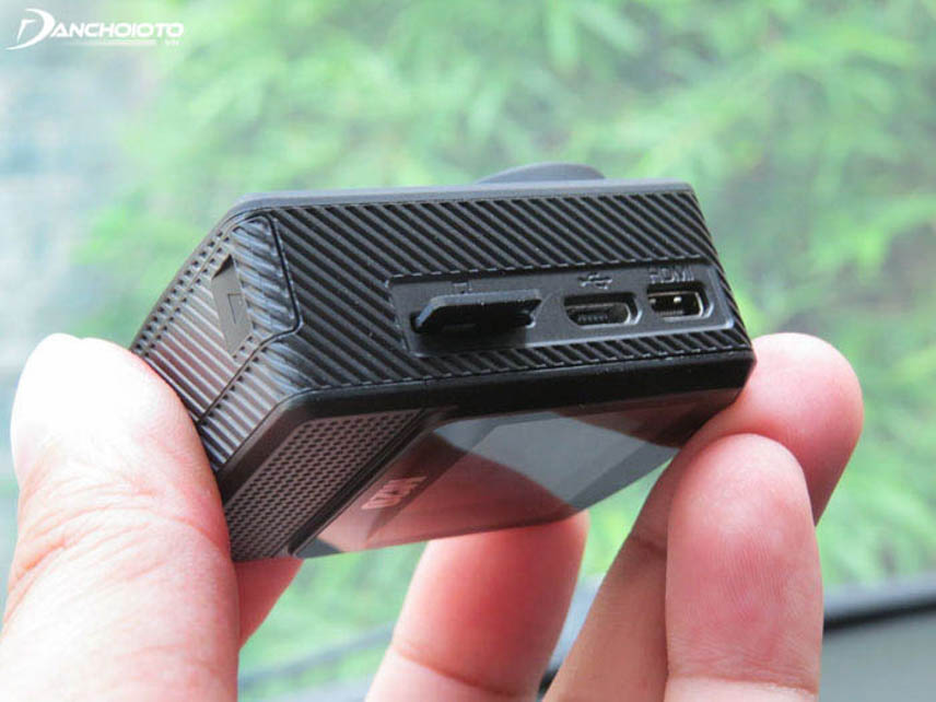 Các camera hành trình hiện nay thường dùng loại thẻ SD và Micro SD