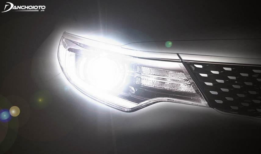 Cảm biến tự động bật đèn ô tô giúp tăng tính năng an toàn khi lái xe
