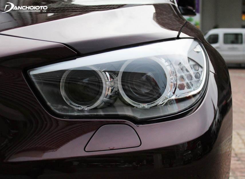 Độ cảm biến tự động bật đèn ô tô là điều nên làm