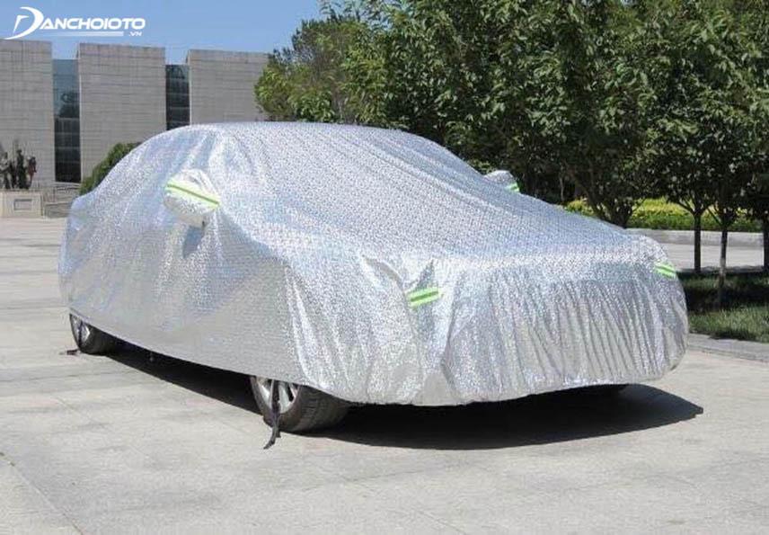 Bạt chống nóng ô tô được sản xuất từ vật liệu chống nắng nóng đặc chế