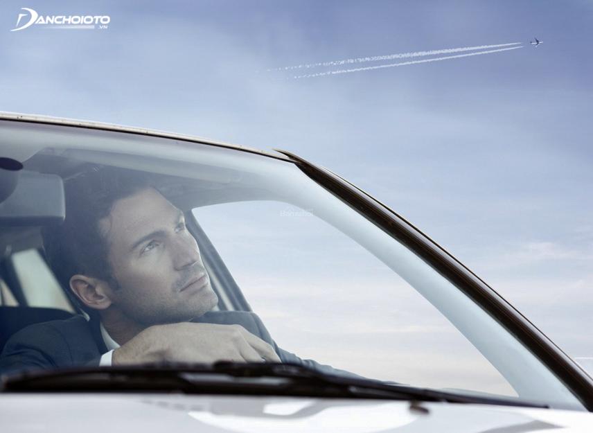 Suy nghĩ gây mất tập trung khi lái xe
