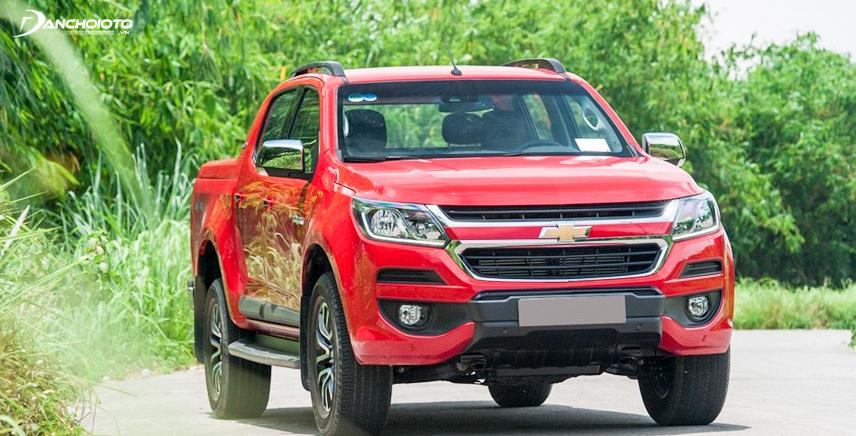 Chevrolet Colorado 2017 nổi bật với màu đỏi tươi