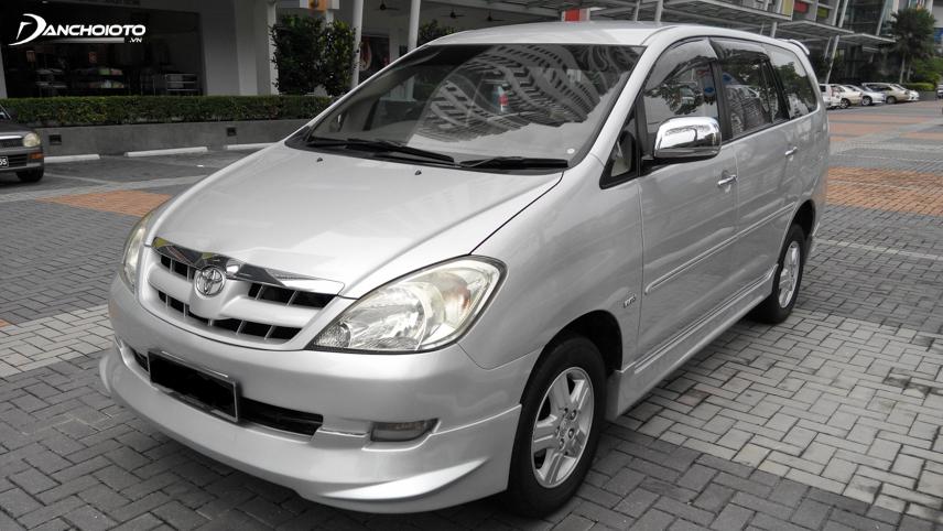 Toyota Innova ra mắt tại Việt Nam lần đầu tiên vào năm 2006