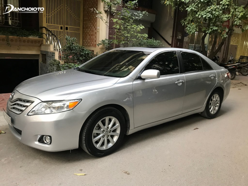 Thiết kế tổng thể Toyota Camry 2007 - 2011 đã vuông vắn hơn so với thế hệ trước