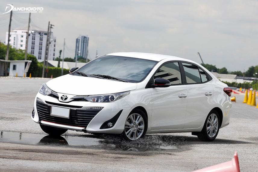 Ở dải tốc cao Toyota Vios thường chòng chành, thiếu ổn định