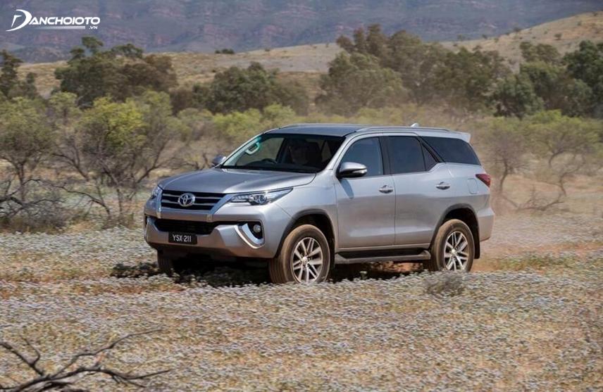 Điểm mạnh của Toyota Fortuner chính là sự vận hành ổn định