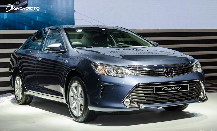 Toyota Camry 2015 - 2016 được đánh giá cao về nhiều phương diện