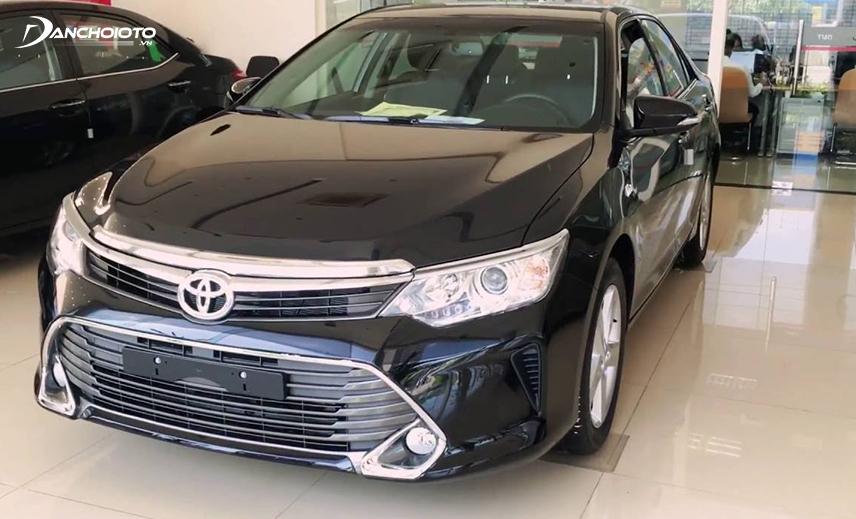 Toyota Camry 2015 có sự đổi mới khá nhiều về ngoại thất