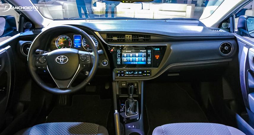 Nội thất Toyota Corolla Altis 2017 - 2018 hiện đại và sang trọng