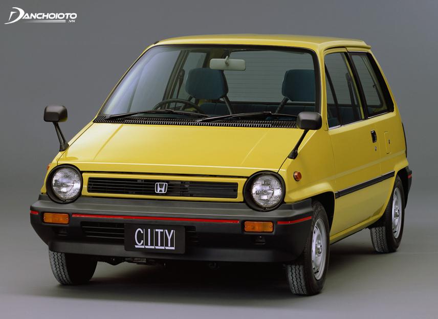 Honda City lần đầu tiên ra mắt vào năm 1981