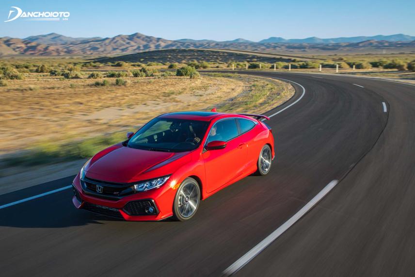 """Honda Civic được đánh giá lái """"bốc"""" hơn với khối động cơ 1.5L Turbo"""