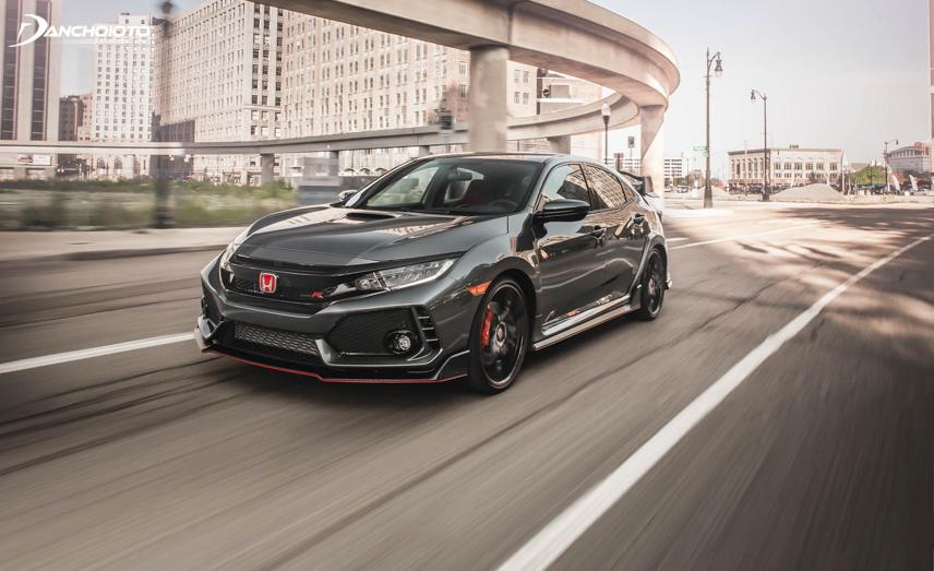 Honda Civic Type R đầy mạnh mẽ